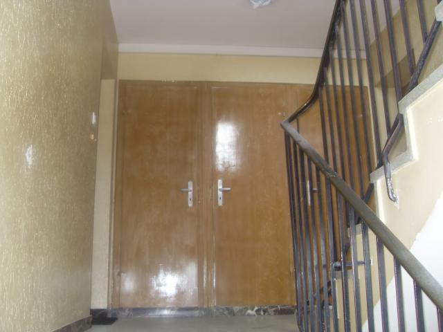 Cage d'éscalier d'un immeuble, avant travaux. Decortech